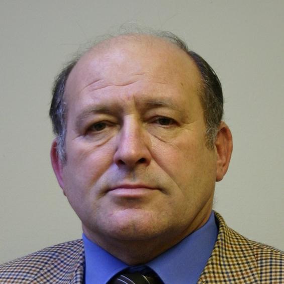 Dušan Smoleňák, autor článku
